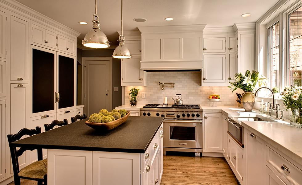 Kitchen-Remodel-Kitchen-Whitefish-Bay-Traditional-Kitchen-Remodel-2